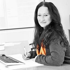 Bianca Lemke, Steuerfachangestellte