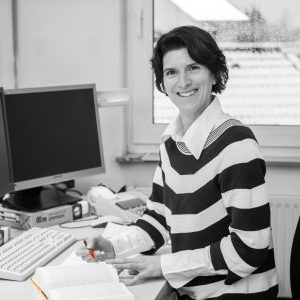Christine Schneider, Steuerfachangestellte